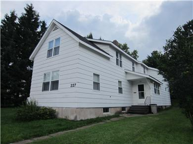 Vacation U P Michigan Pine ST- 2 story house Vacation Rental Let Our Place BeYour Vacation Place