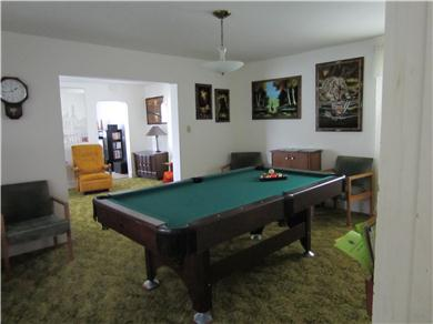 Vacation U P Michigan Pine ST- 2 story house Vacation Rental Pool Room