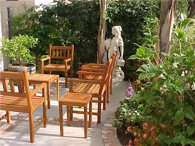 Huntington Seaside Villa - Surf City USA Vacation Rental Front Patio off Living Room