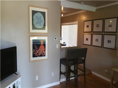 Santa Cruz Beach House Vacation Rental Bar
