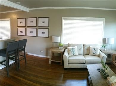 Santa Cruz Beach House Vacation Rental Family Room