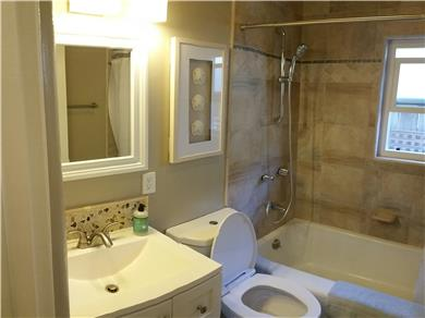 Santa Cruz Beach House Vacation Rental Bathroom