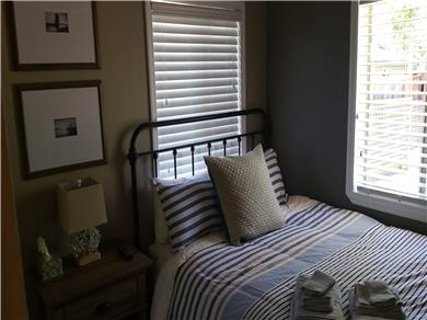 Santa Cruz Beach House Vacation Rental Bedroom (Queen)