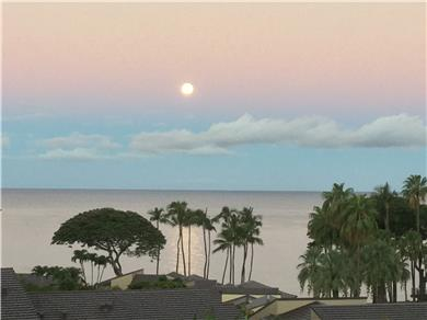 Wailea Elua Village Condo Vacation Rental View spectacular sunsets & moonsets from our Lanai