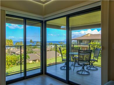 Wailea Elua Village Condo Vacation Rental Spectacular views of the ocean & landscaping.