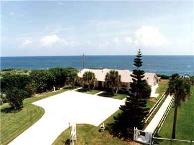 Turtle Run Oceanfront Vacation Apartments Vacation Rental Turtle Run - Right on the ocean