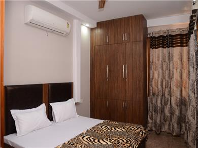 One Bedroom Serviced Apartments Vacation Rental