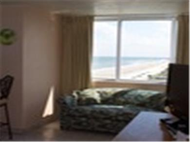 FLORIDIAN SUITE · Ocean Front 1 Bedroom Suite Vacation Rental
