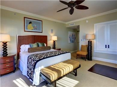 Exclusive and magnificent 3-bd/3-bath residence Vacation Rental