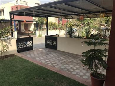 Krutika haria 2 single beds Vacation Rental