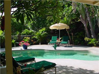 Romantic, Secluded, Private Lagoon Pool, Walk to beach