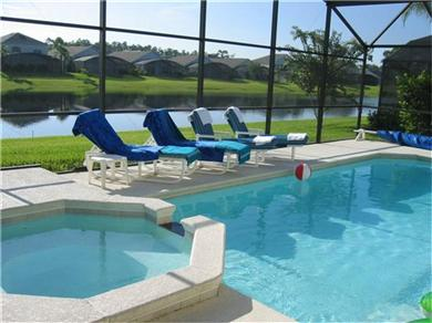 VIP VILLA, Luxury lakeside villa close to Disney Vacation Rental Private pool/spa with lake view