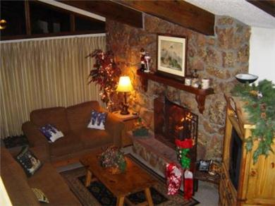 Vail - Beaver Creek Condos in Avon Vacation Rental LR with real fplc  large tv too