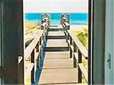 Oceanfront on Dune Road in Westhampton Dunes Vacation Rental