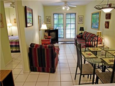 Truman Annex Condo with Fountain Vacation Rental