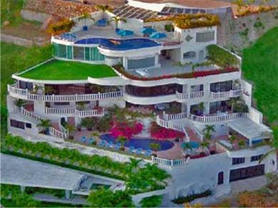 Acapulco vacation villa rental mexico mansion rent a for Vacation mansions