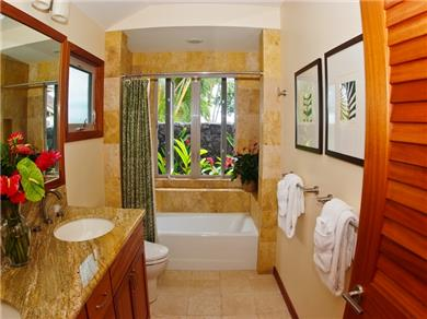Kahala Mini Resort,  Oahu Vacation Rental Main House BD w/Queen