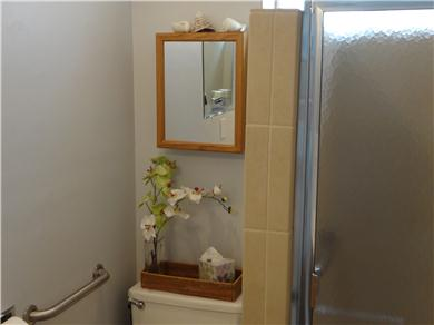 The Sun Catchers ~ Above the Crowd and At The Beach Vacation Rental Comfortable, clean bathroom