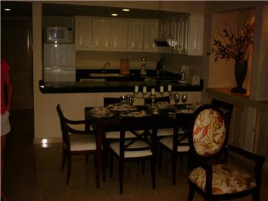 Porto Bello Marina & Villas Vacation Rental kitchen/living
