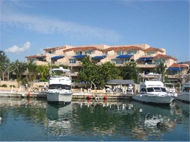Porto Bello Marina & Villas Vacation Rental Port Bello Marina & Villas