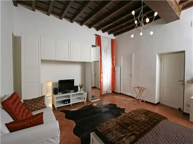Cynthia - via del Governo Vecchio, 96 00186 Rome #8 2 fl Vacation Rental camera arancione - oranges