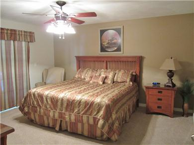 Vickery Resort on Table Rock Lake Vacation Rental Master Bedroom