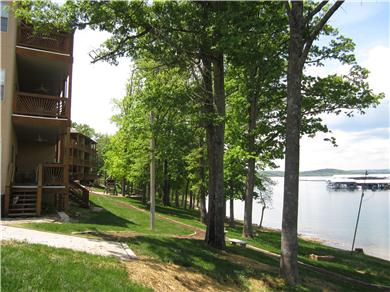 Vickery Resort on Table Rock Lake Vacation Rental Back View
